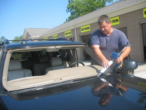 Get Auto Glass Repaired for Safe Driving
