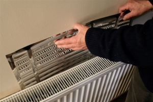 Cheap Tips To Keep Your Home Warm This Winter