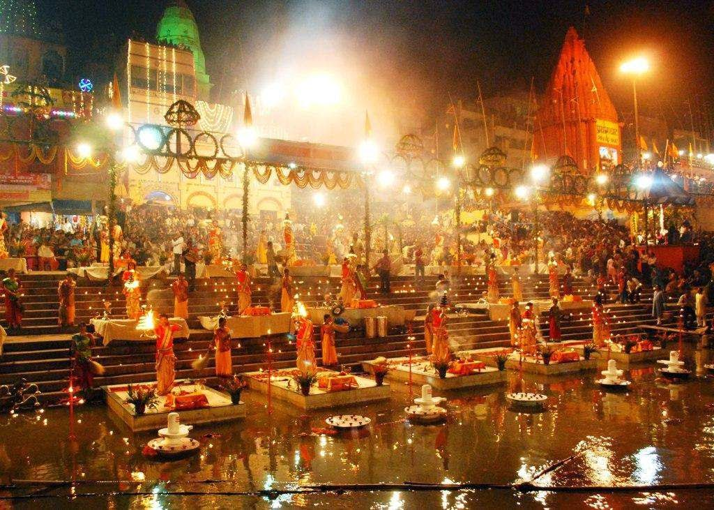 Why The Sacred City Of Varanasi Is An Amazing Travel Destination