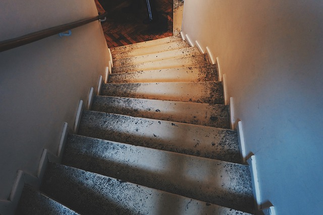 stairs-789628_640