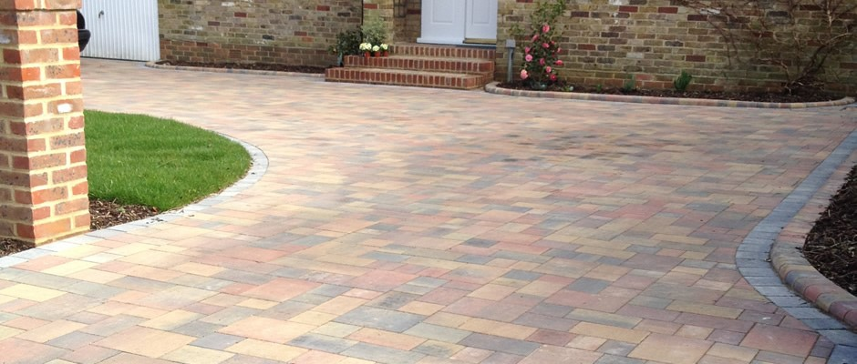Get Rid Of Block Paving With Powerful Chemicals and Service by A Reliable Service Provider
