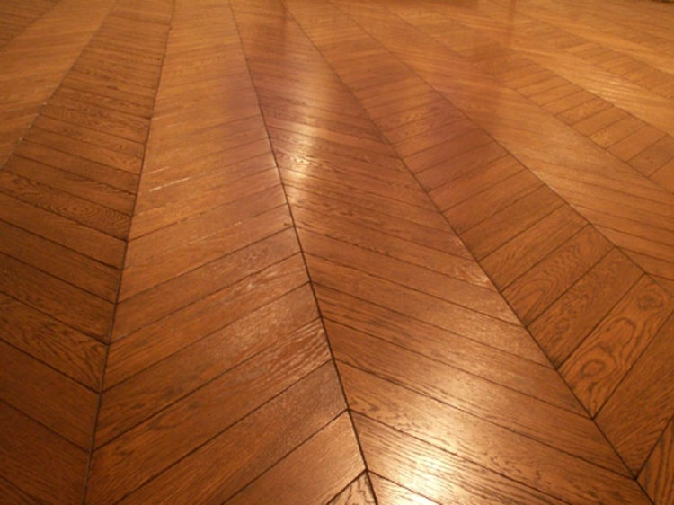 The Herringbone Flooring Chevron Hardwood Parquet Hardwood Floor In Herringbone Wood Floor Pattern Decorating