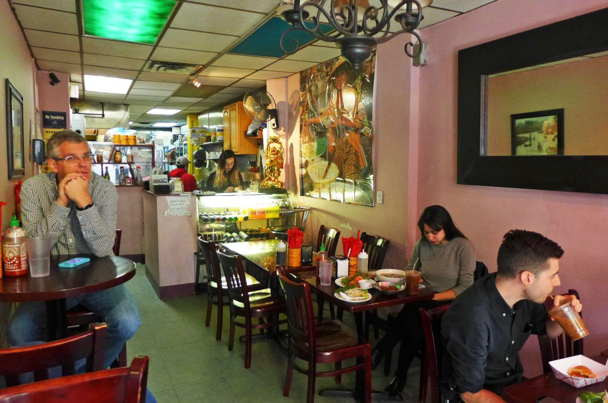Robert Sambol - Focusing On Running A Winning Restaurant Business