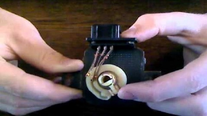 THROTTLE_POSITION_SENSOR_REPLACEMENT_COST