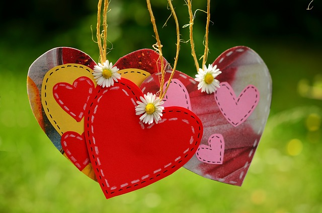 hanging heart cards