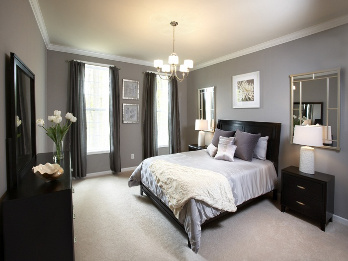 The Advantages Of Decorating With Bedroom Furniture Sets
