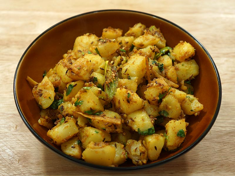 5 potato aloo dishes every indian girl should learn to cook