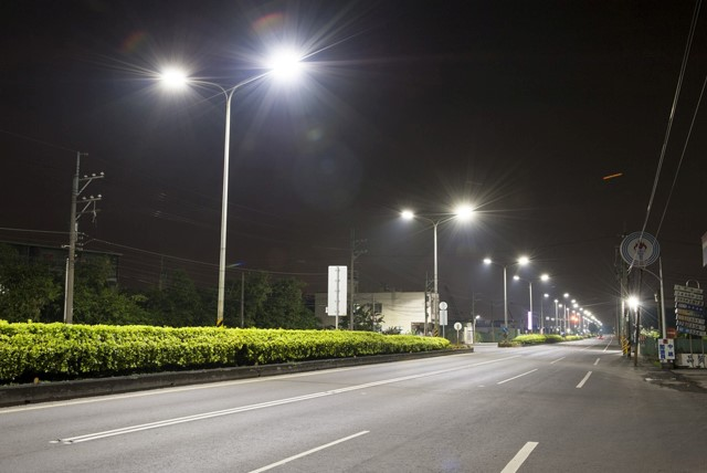 Buy Products From Reliable And Reputed Street Light Supplier