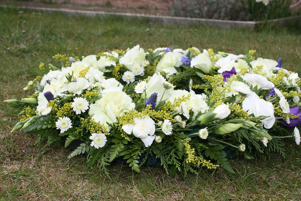 Attending Funeral Services: Your Funeral Etiquette Questions Answered