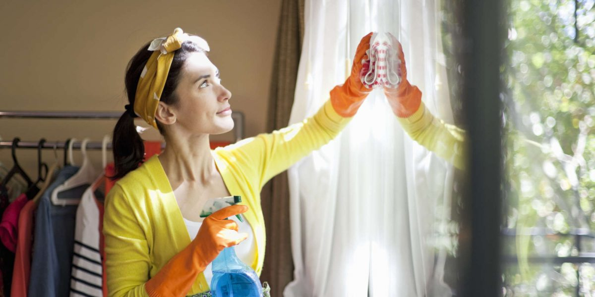 What Does House Cleaning Service In Toronto Offer?