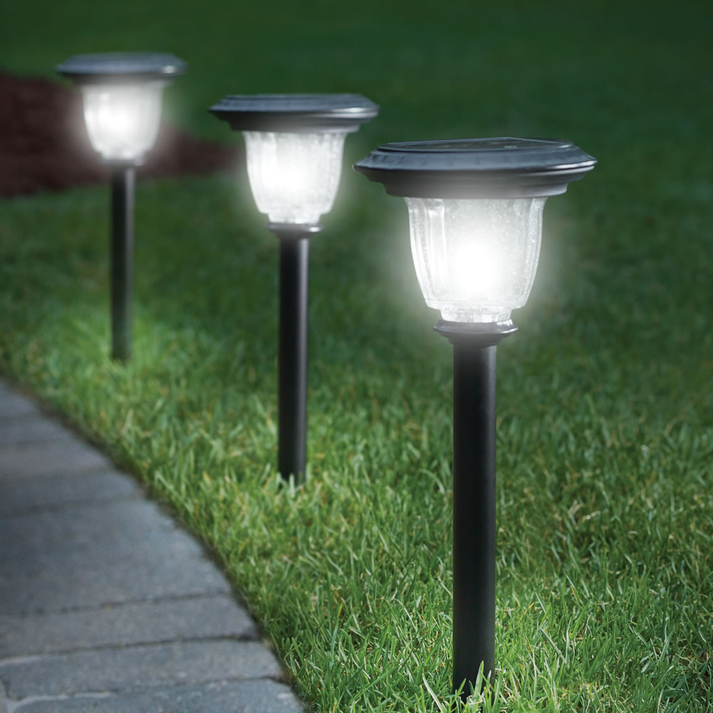 The Best Outdoor Lights - How To Select The Best Ones For You