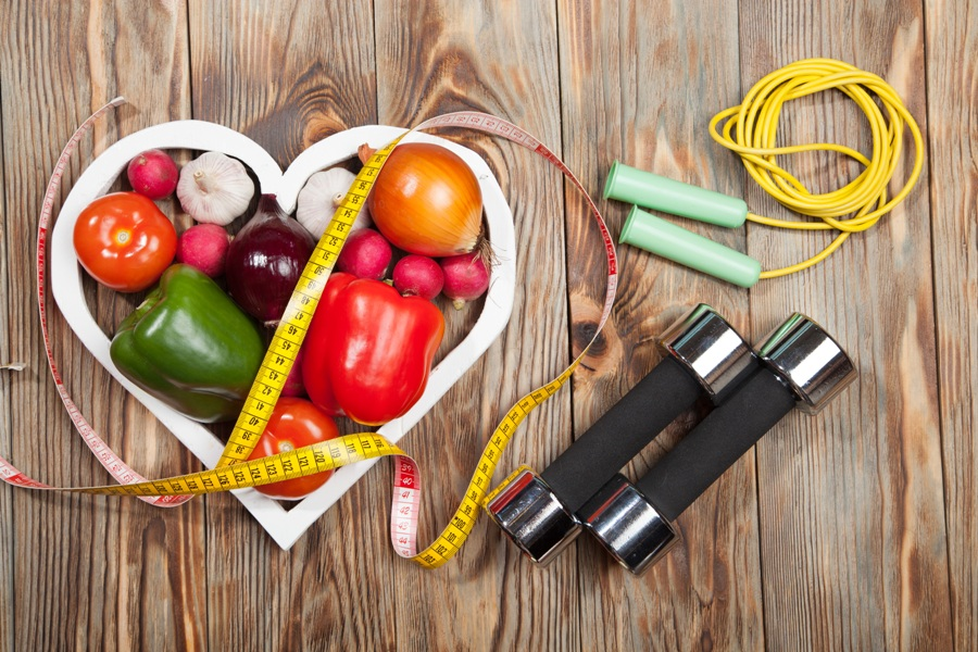 How To Incorporate Effectively Diet and Exercise For Healthy Living