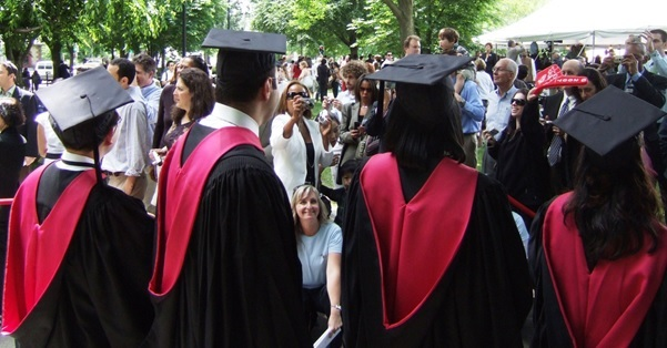 3 Careers That You Can Pursue With A Law Degree
