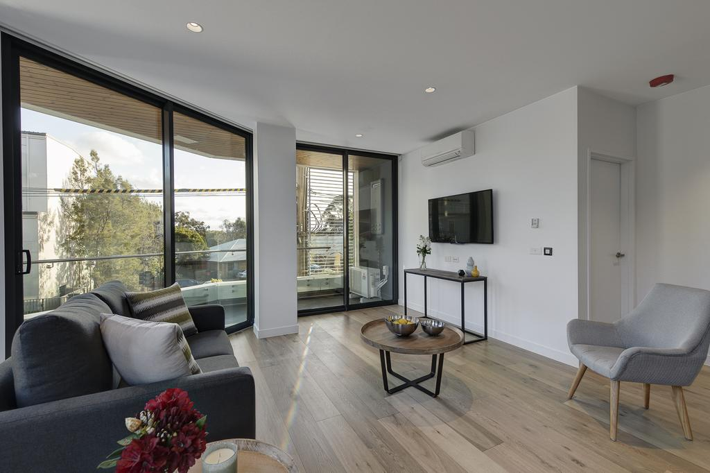Why You Should Try Booking For A Serviced Apartment