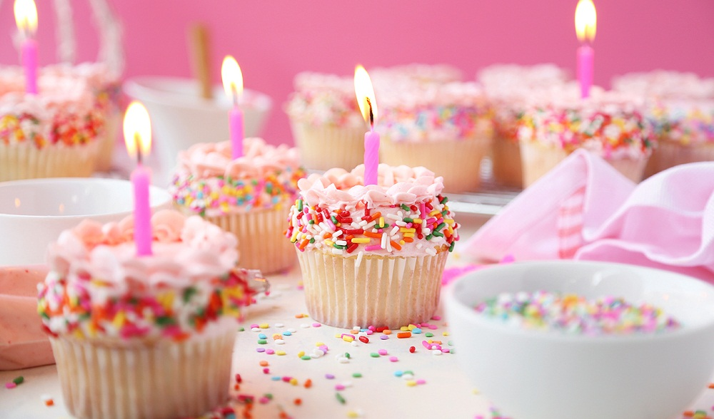 Birthday-Cupcakes-Featured