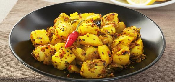 5 Potato (Aloo) Dishes Every Indian Girl Should Learn To Cook