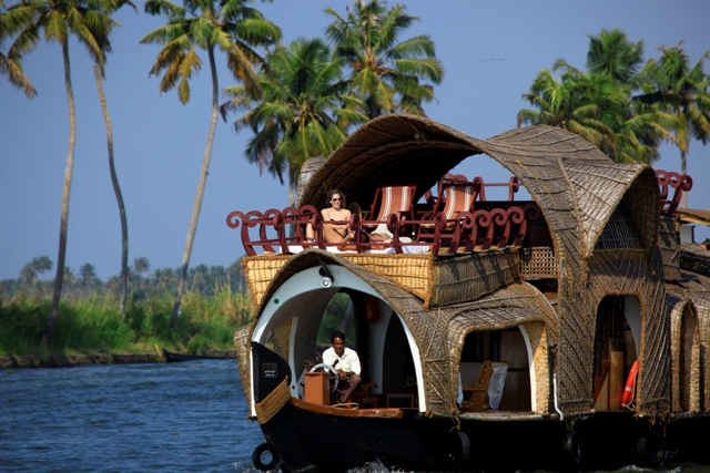 Best Honeymoon Locations In Kerala