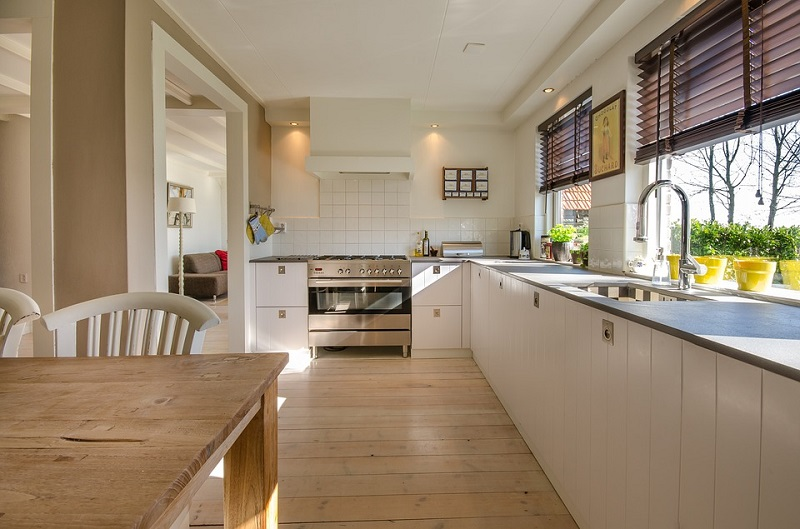 Ash Hardwood Flooring For Your Kitchen