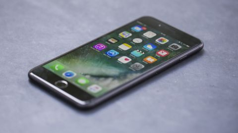 7 Things To Know Before Buying An IPhone