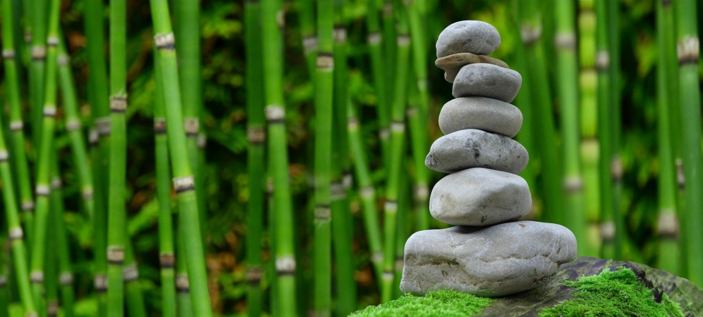 5 Stunning Stone Elements To Put In Your Yard