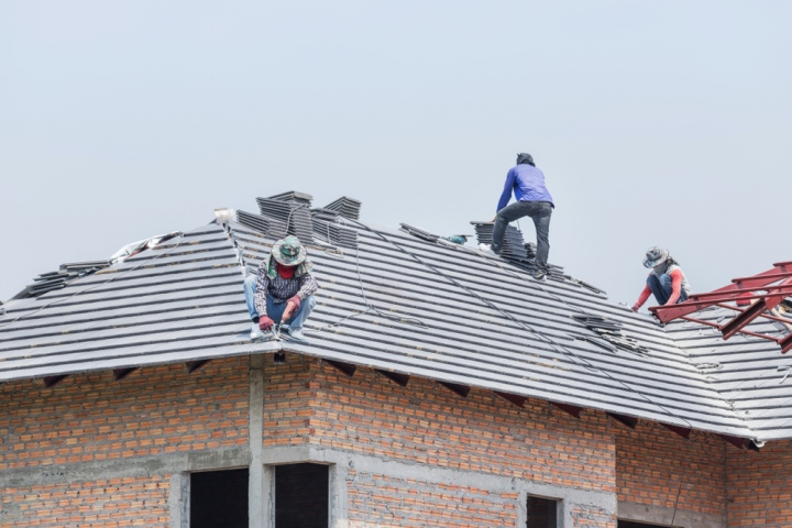 Understanding Different Types Of Roofing and Their Benefits