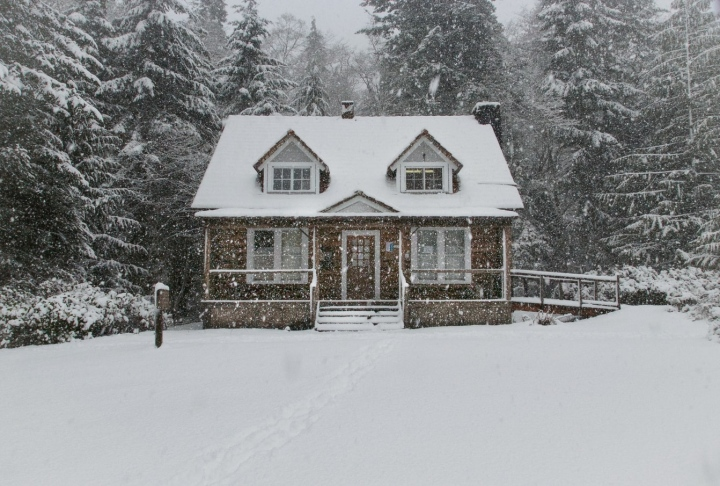 4 Items to Replace In Your Home Before Winter Hits