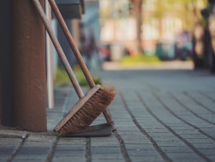 Strategies to Help You Finish Your Spring Cleaning Faster This Year