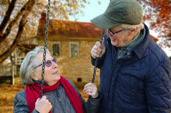 Pros and Cons Of Renting vs Buying Your Home As A Senior